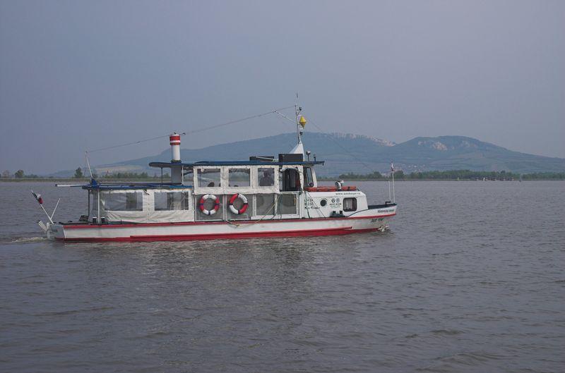 Plavby lodi - Musovske jezero