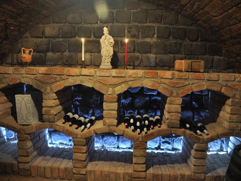 Vinný sklep s ubytování U Jošta, Hlohovec na jižní Moravě