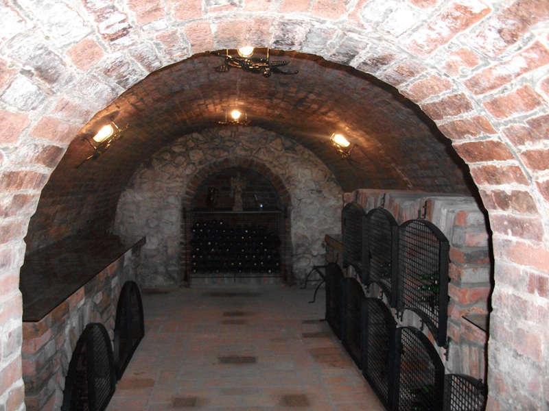 Vinný sklípek s ubytováním U moravských rytířů Hlohovec na jižní Moravě